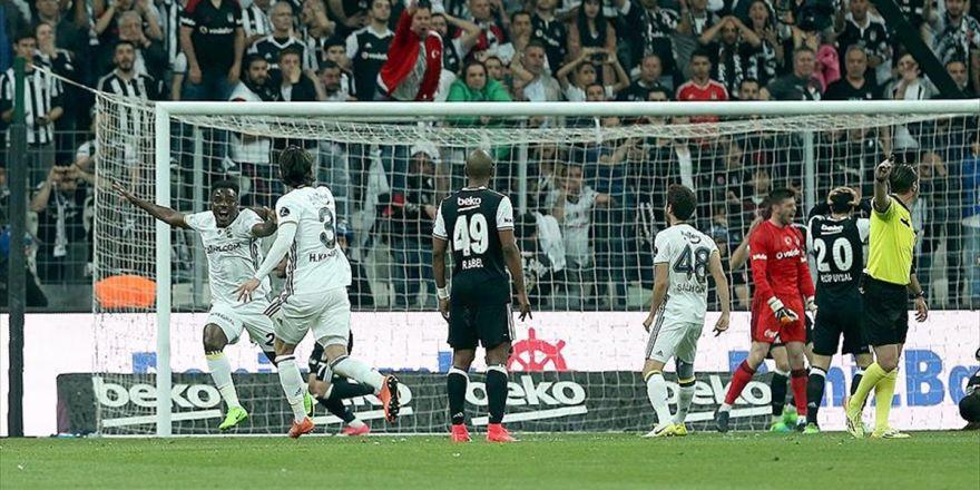 Beşiktaş İki Haftada Avantajını Yitirdi