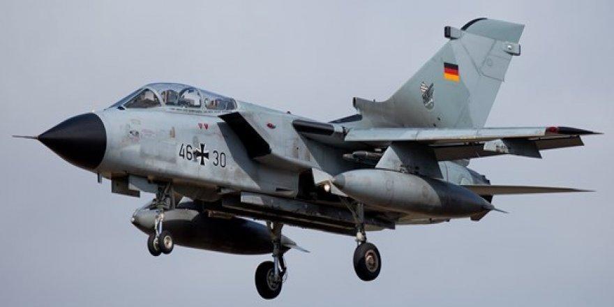 Almanlar, Konya'daki uçaklarını çekecek!