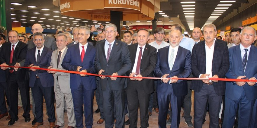 Adese'nin yeni şubesi M1'de açıldı