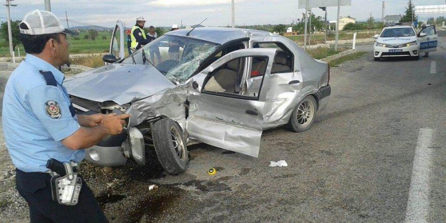 Hüyük iki ayrı kaza: 1 ölü, 5 yaralı