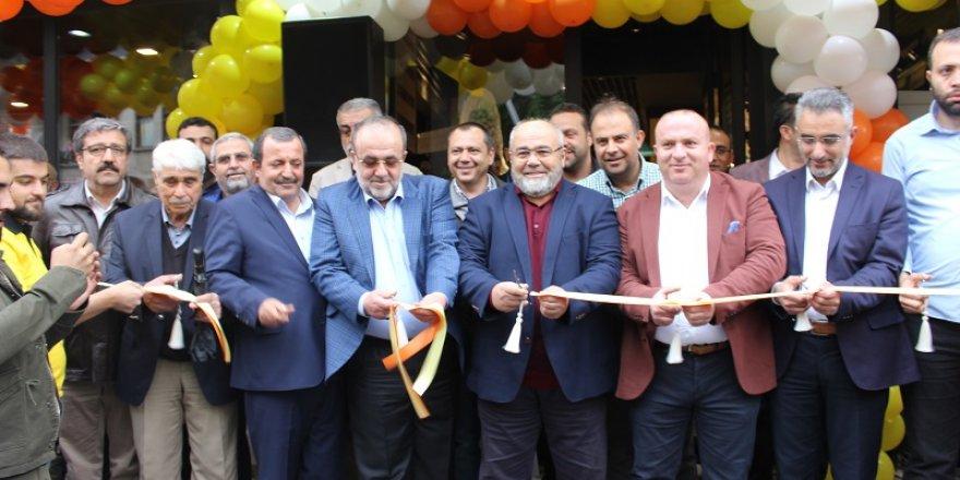 Özen Yatağanlı Eski Garaj şubesi yenilendi