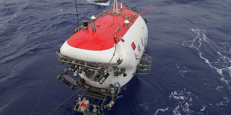 Çin'in 'Mistik Deniz Ejderhası' Derin Sularda