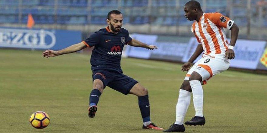 Başakşehir Beşiktaş'a gönderme yaptı