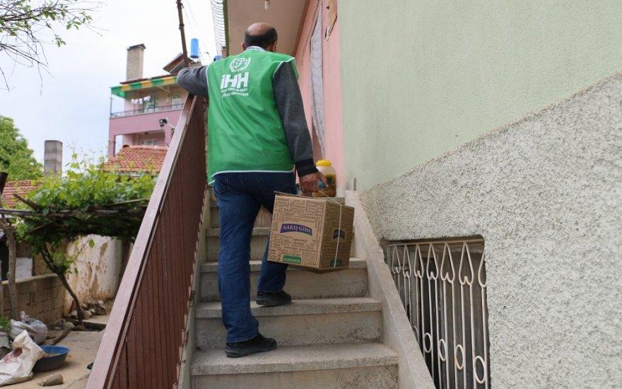 Ilgın'da Ramazan Kumanyası Dağıtımı