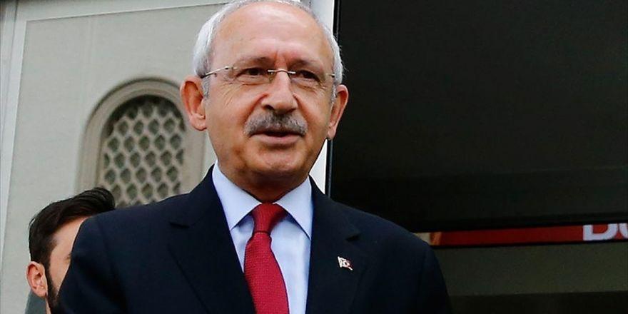Kılıçdaroğlu, Beşiktaş Kulübü Başkanı Orman'ı Tebrik Etti