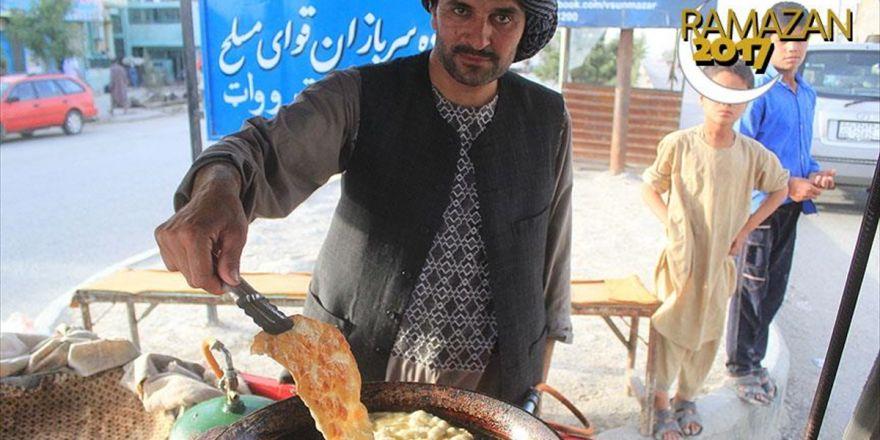 Afganistan'da İftar Sofralarının Vazgeçilmezi 'Bulani'