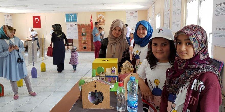 Mehmetçik Ortaokulu'nda tasarım sergisi