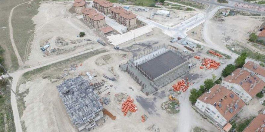 Cihanbeyli yeni Halk Eğitim Merkezi ve Spor Kompleks yapımı devam ediyor