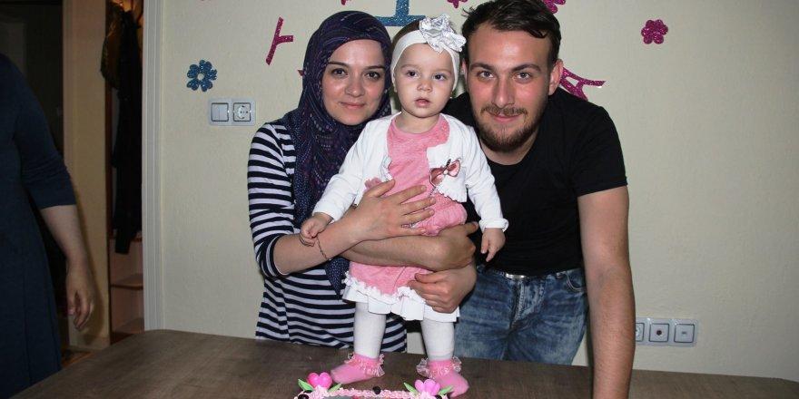 Elif Ayza 1 yaşında