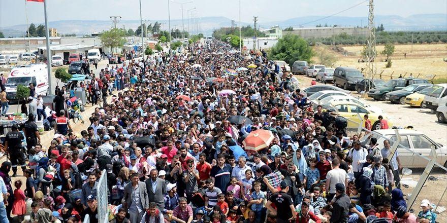 Sınır Kapısında Bayram Yoğunluğu