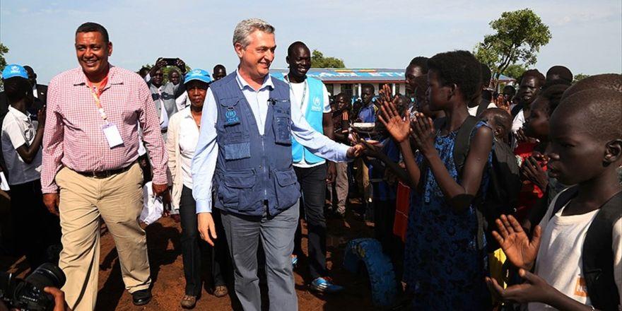 'Mültecileri Kabul Eden Ülkelerin Ödediği Bedel Çok Yüksek'