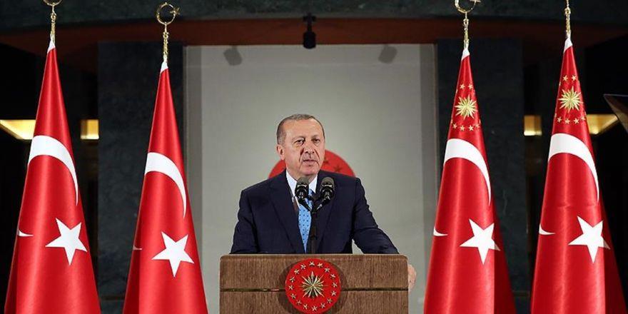 Cumhurbaşkanı Erdoğan: Sizlerden Mahkemelerde Hazır Bulunmanızı Özellikle Rica Ediyorum