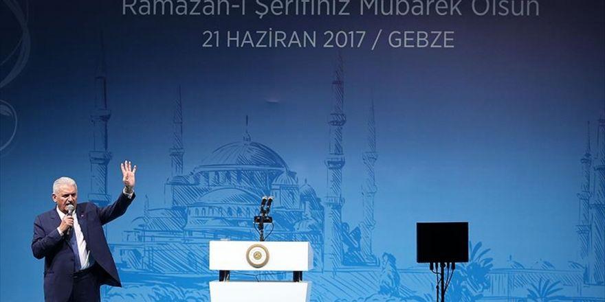 Başbakan Yıldırım: Hiç Kimse Türkiye'yi Medeniyet Yolculuğundan Geri Çeviremez