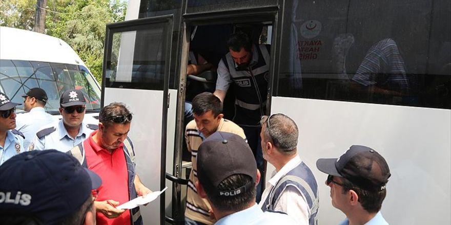 Manisa'daki Gıda Zehirlenmesi Soruşturmasında 4 Tutuklama Daha