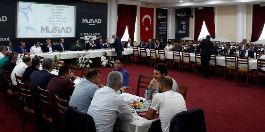 Konya'da iş ve siyaset dünyasını buluşturan bayramlaşma