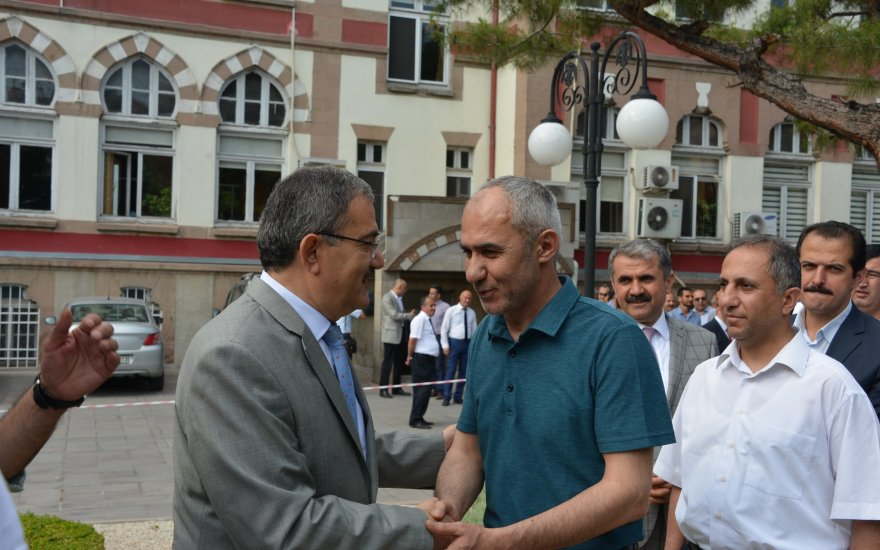 Selçuk Üniversitesinde bayramlaşma töreni