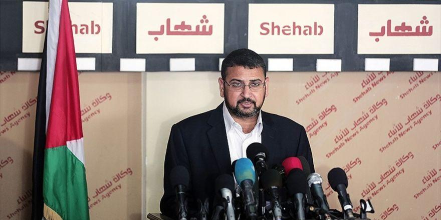 Hamas'tan Abbas'a 'İsrail'le İlişkileri Askıya Alma' Tepkisi