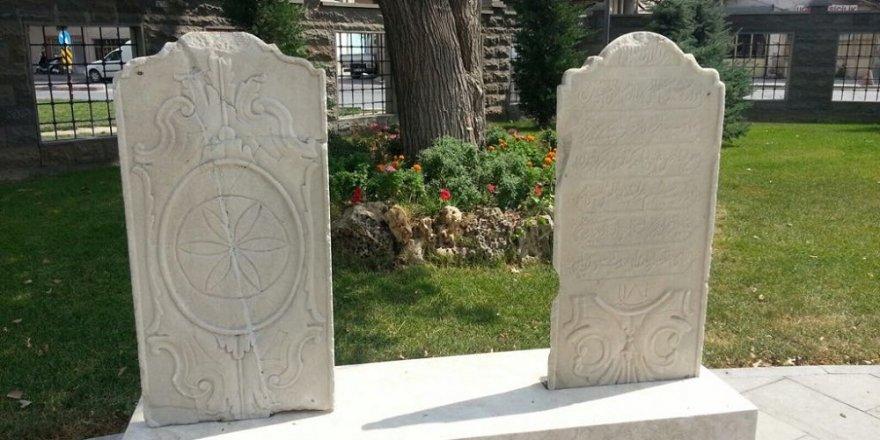 Büyükşehir Belediyesi'nden bir ilk daha  Mezar Taşları Müzesi