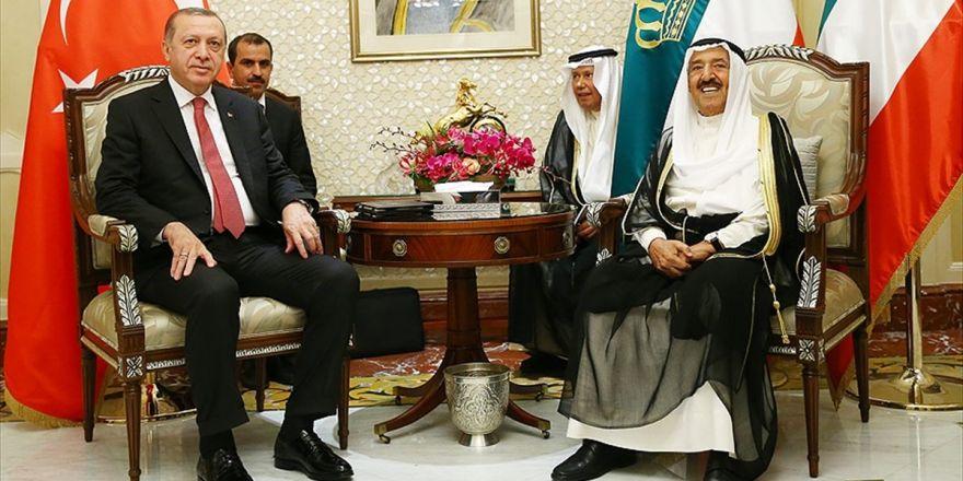 Cumhurbaşkanı Erdoğan İle Kuveyt Emiri Sabah Bir Araya Geldi