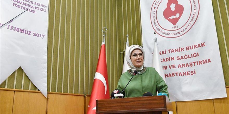 Emine Erdoğan: Sezaryen İle Doğumu Yüzde 15'ler İndirmek İçin Seferberlik Başlatmalıyız