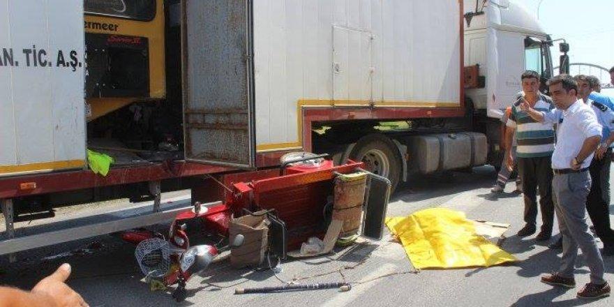Konya'da Tır, Elektrikli Bisiklete Çarptı: 1 Ölü, 1 Yaralı