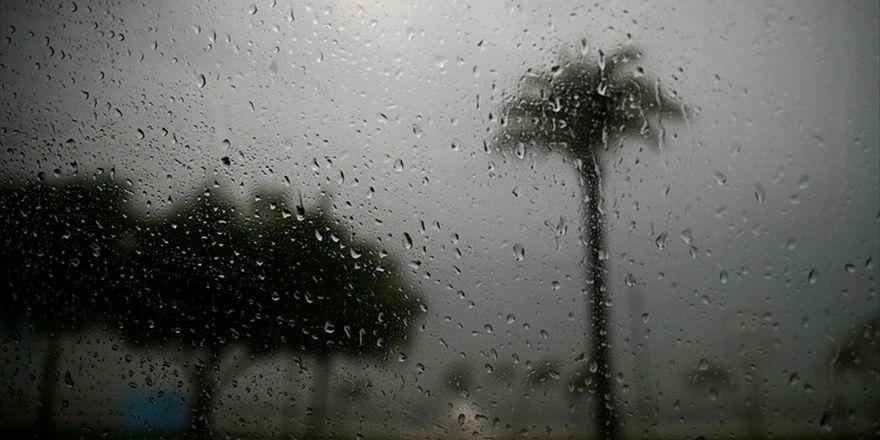 Meteorolojiden Heyelan Ve Su Baskını Uyarısı
