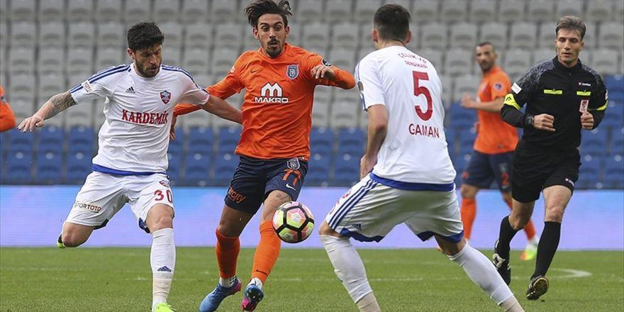 Medipol Başakşehir, Kardemir Karabükspor'a Konuk Oluyor