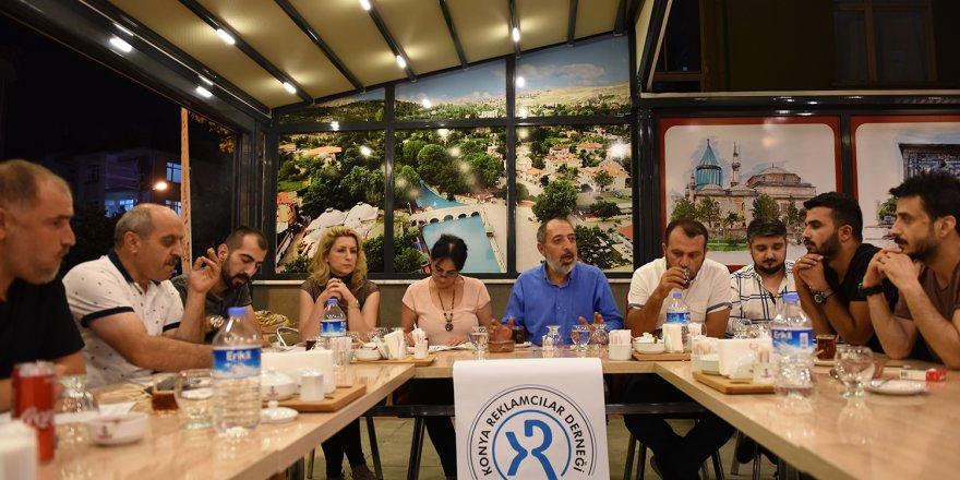 Konya Reklamcılar Derneği Yeni Yönetim Kurulu Bir Araya Geldi