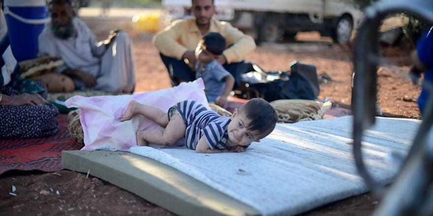 Terör Örgütü Pkk/pyd Sivillere Zulüm Ediyor