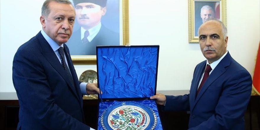 Cumhurbaşkanı Erdoğan Denizli Valiliğini Ziyaret Etti