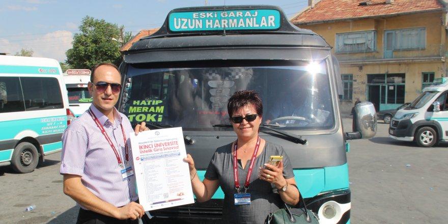 AÜ, Konya'da dolmuşlara tanıtım afişleri astı