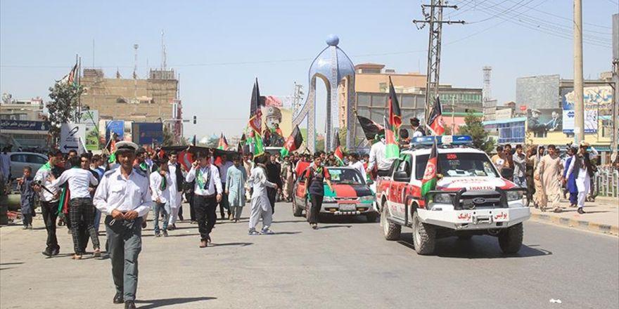 Afganistan'da Bağımsızlık Günü Kutlanıyor