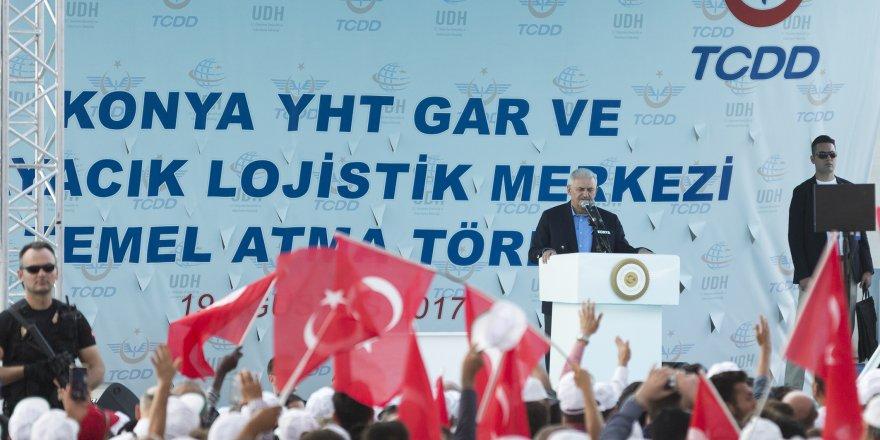 Başbakan, Konyaspor taraftarını heyecanlandırdı