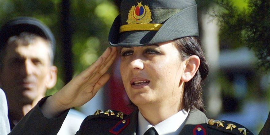 Türkiye'nin İlk Kadın Astsubayları Şehit 'Songül Yarbay'ı Anlattı