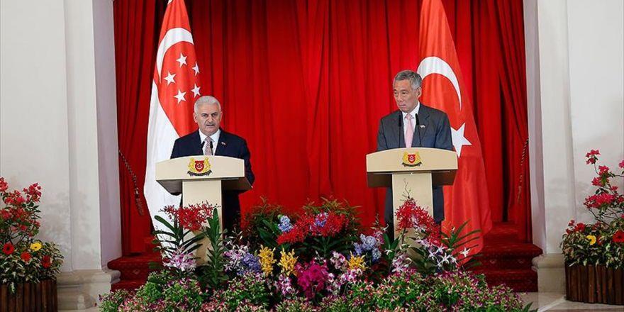 Başbakan Yıldırım: Her Türlü Tecrübemizi Singapur İle Paylaşmaya Hazırız