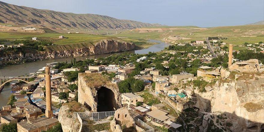Tarihi Hasankeyf Kalesi Yeniden Konuklarını Ağırlayacak