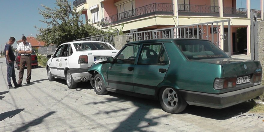 Kavga ettiği komşusunun otomobiline zarar verdi