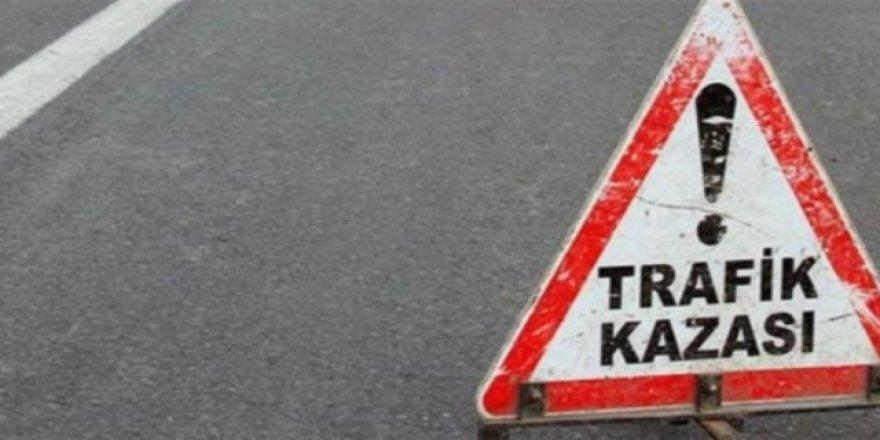 Karaman'da 2 Otomobil Çarpıştı: 5 Yaralı