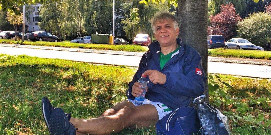 Ali Fuat Çuhadar dinlenme molasında