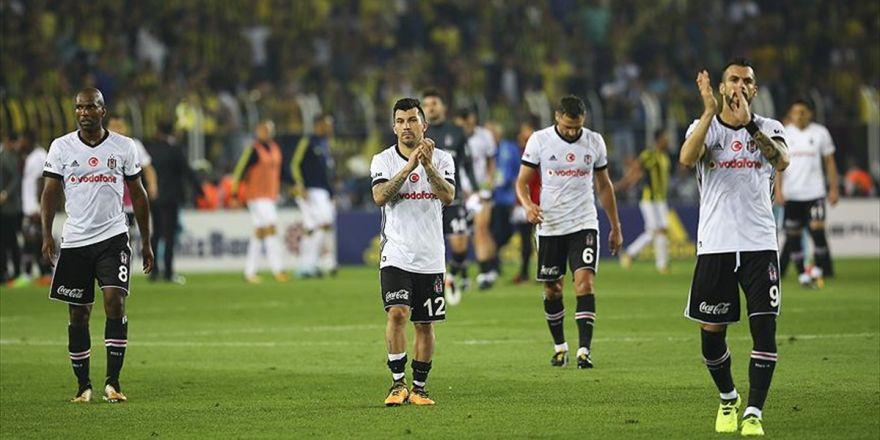 Beşiktaş Derbide Ağır Yara Aldı