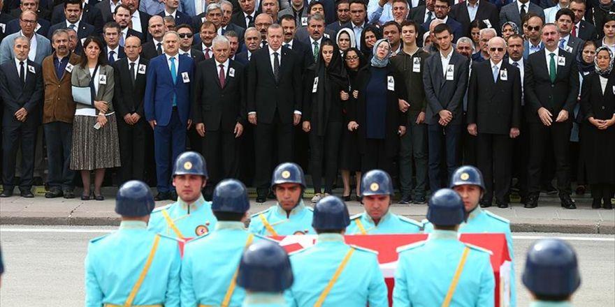 Ak Parti Gaziantep Milletvekili Yüksel İçin Tbmm'de Cenaze Töreni