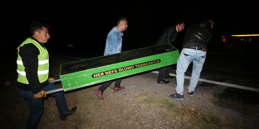 Konya'da minibüs takla attı: 1 ölü