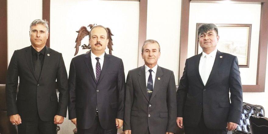 Konya TEMAD'tan Vali Canbolat'a ziyaret