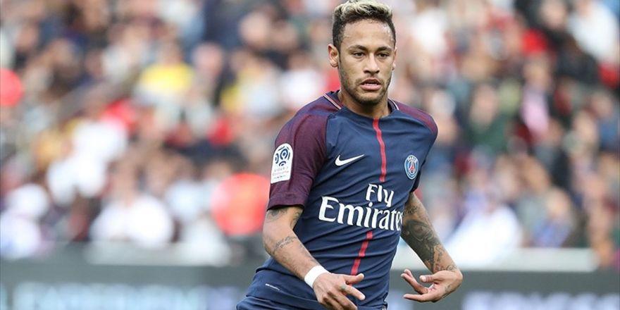 Neymar'a Ülkesinde Vergi Cezası