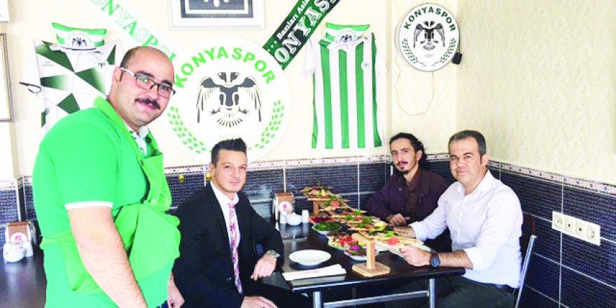 Doktor Sedat Seven ve dostları Baykara Etliekmek'te