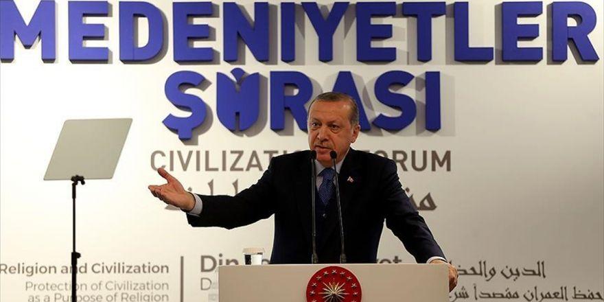 Cumhurbaşkanı Erdoğan: Türedi Tipler Sünneti Ciddi Manada Tartışır Hale Geldiler