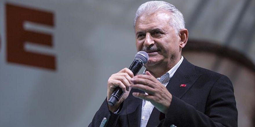 Başbakan Yıldırım: Türkiye Geçmişinden Aldığı Güçle Emin Adımlarla Yürüyor