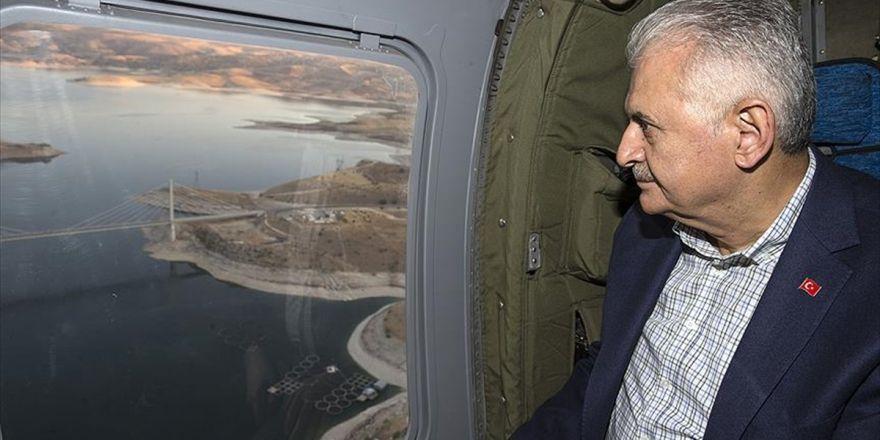 Başbakan Yıldırım Ağın Köprüsü'nü Havadan İnceledi