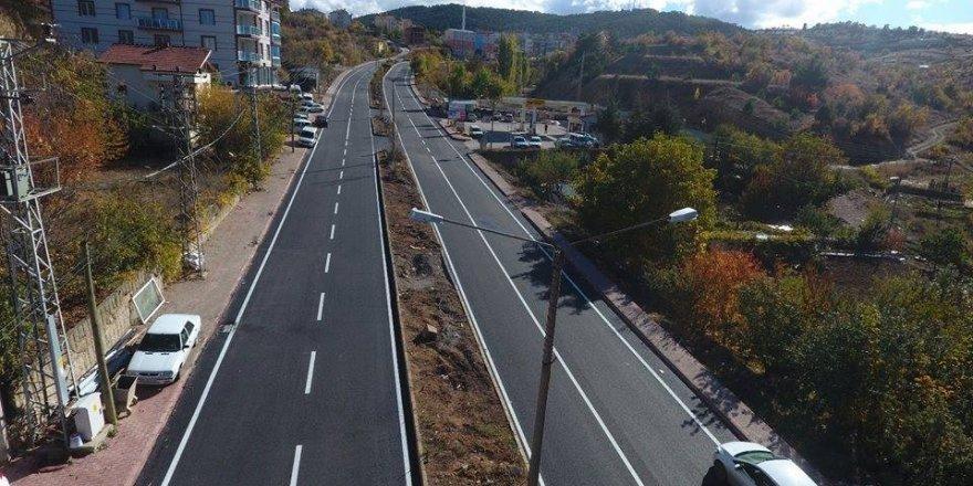 Beyşehir'de asfaltlama çalışmaları devam ediyor