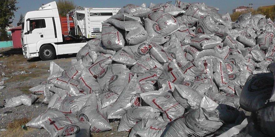 Kulu'da ihtiyaç sahiplerine kömür dağıtımı